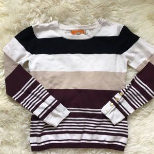 Sweater. Size small